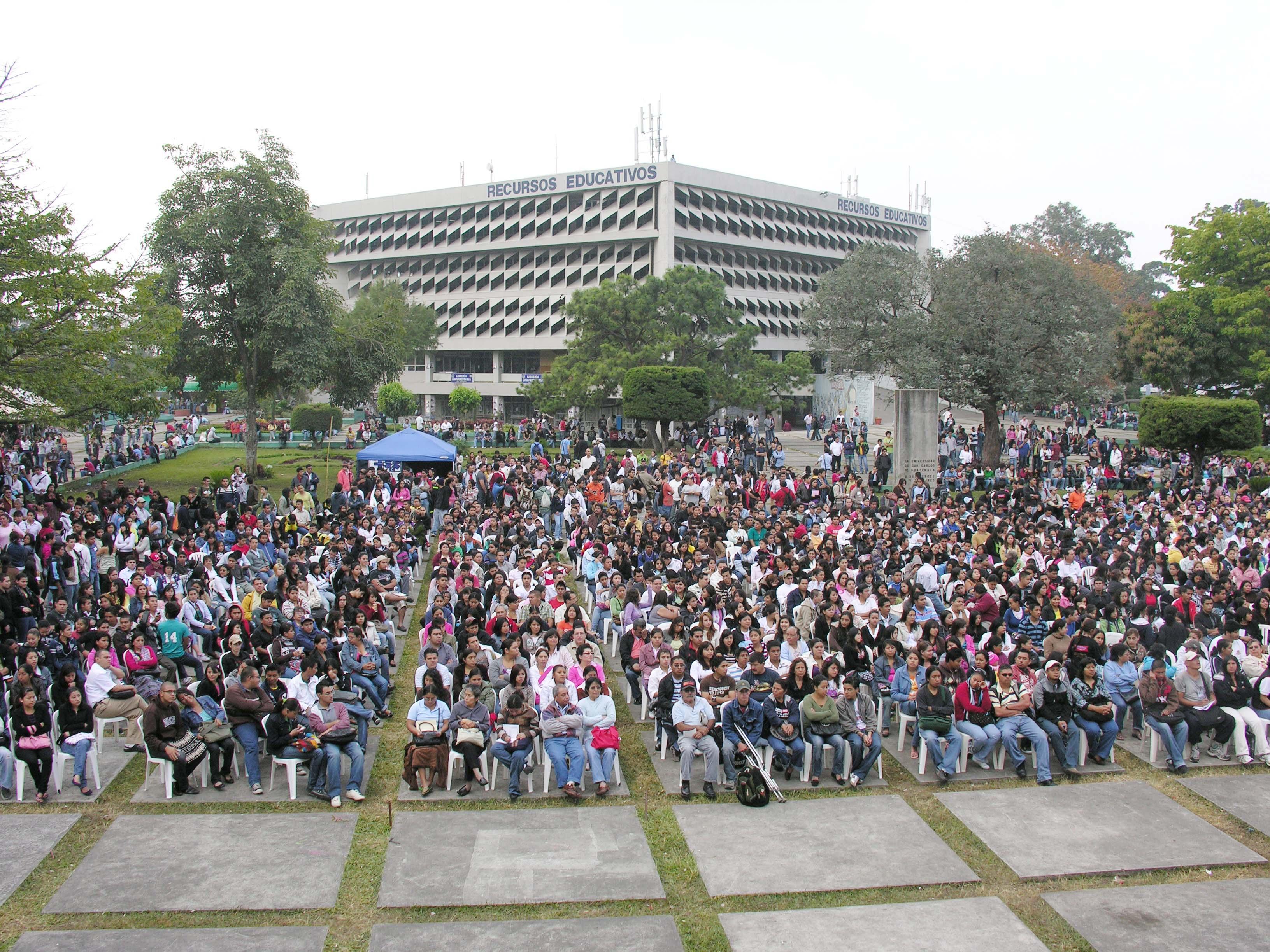 Inauguración de los cursos libres. Foto de archivo.