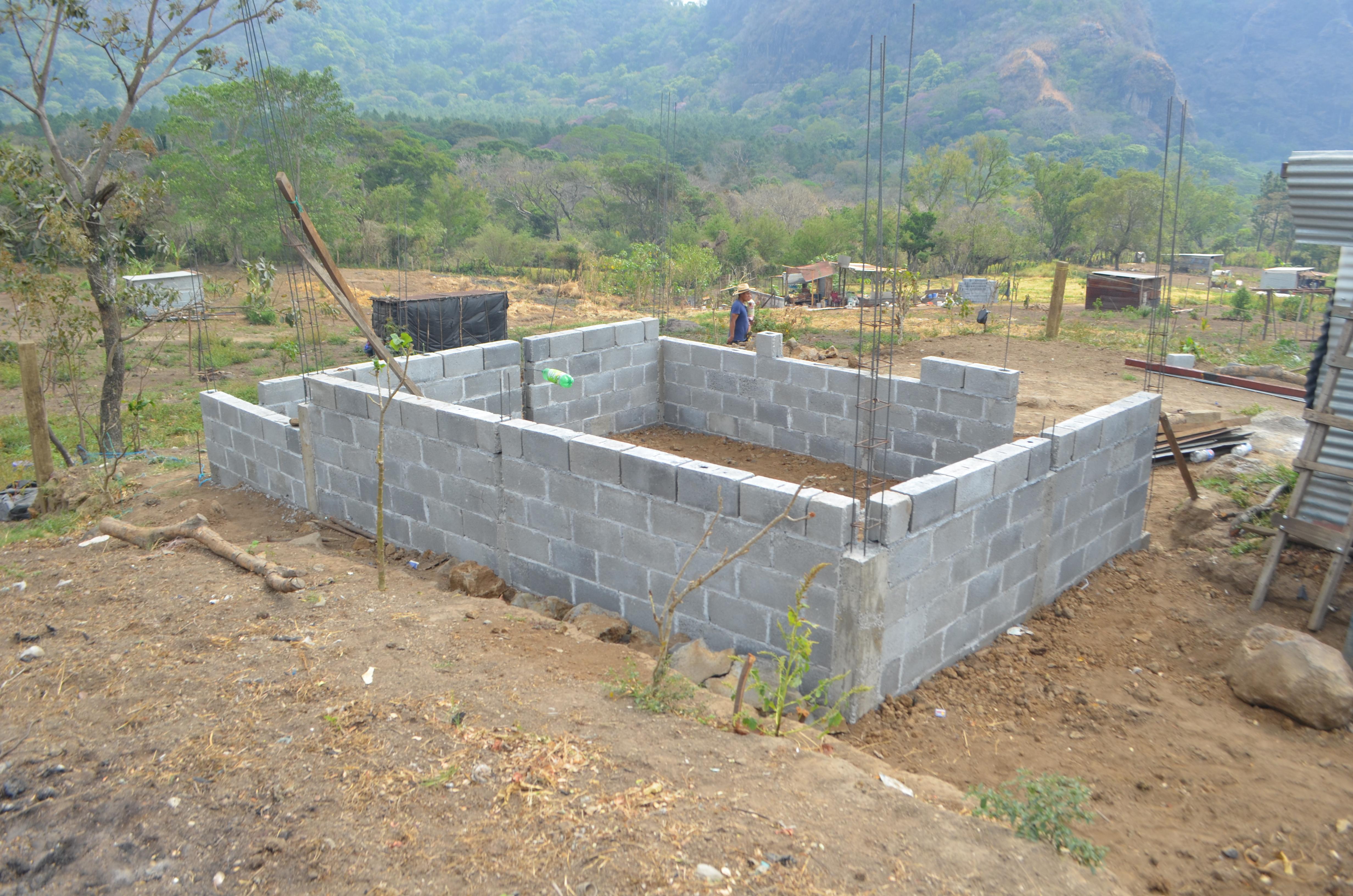 Construcciones ilegales dentro de la Finca Nuevo Monte de la Universidad de San Carlos.